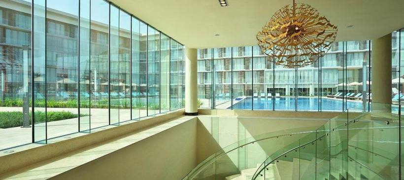 Роскошный отель в городе Аккра с фасадом от Glas Trösch